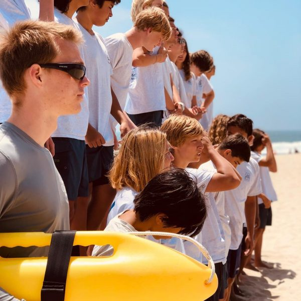 Side image of a junior lifeguard group photo.